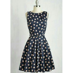 Luck Be a Lady Dress in Navy Floral